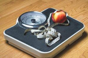 הטיפ החודשי עבור בריחת שתן שימרו על משקל בריא